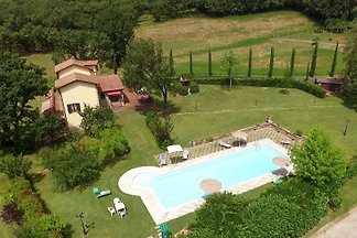 Elegante villa Toscana con piscina