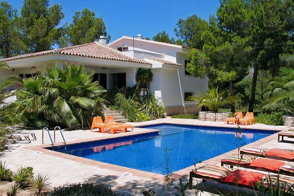 Villa DUERO Calafat Retreats