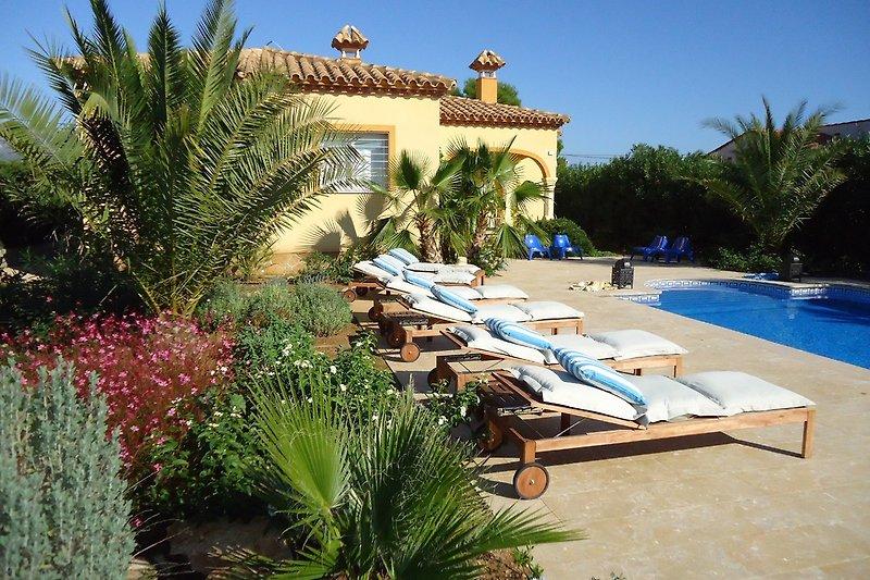 Villa TIBATI Calafat Retreats