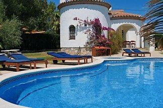 Wunderschön gelegen Villa