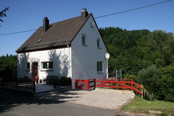 Ferienhaus am Fischbach à Birresborn - Image 1