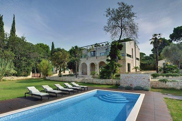 Villa 397 en Pula - imágen 1