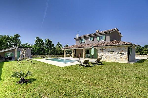 Villa 435 in Fažana - Bild 1
