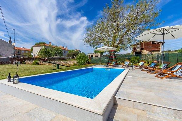 Villa 692 à Pula - Image 1
