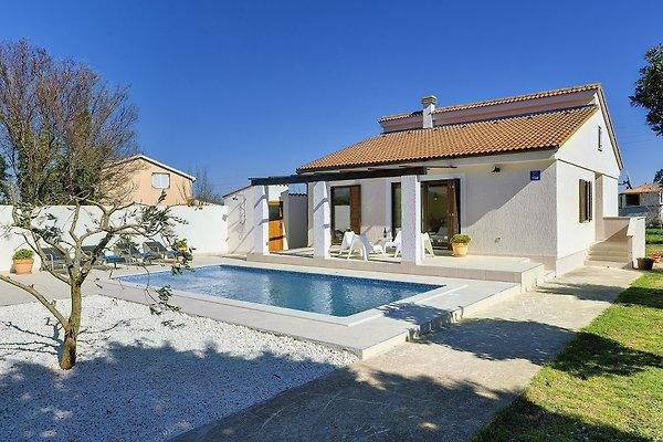 Villa 721 in Medulin - Bild 1
