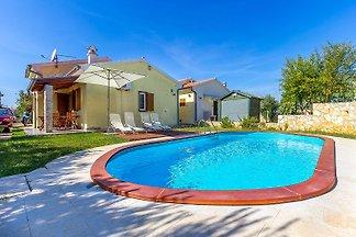 Villa 590