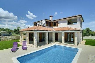 Villa 644
