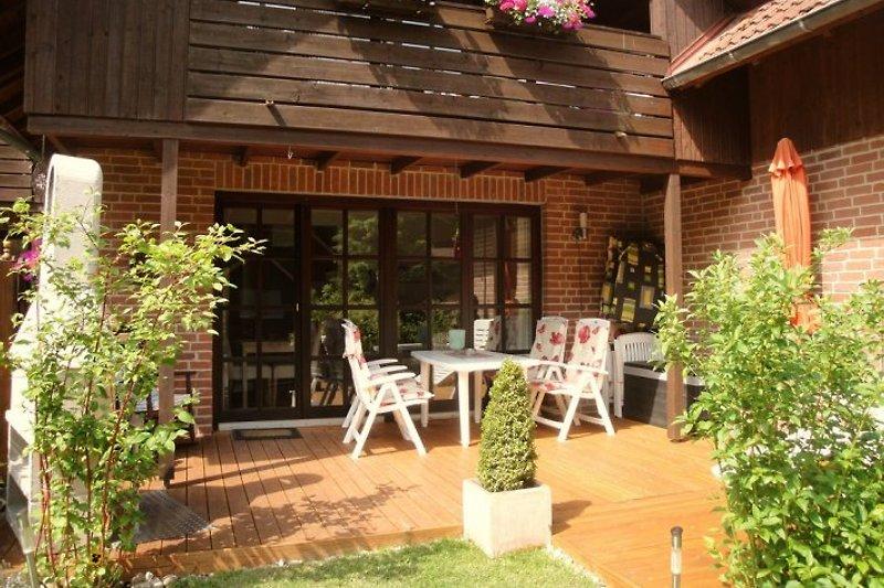 Ferienhaus EG Terrasse OG Balkon