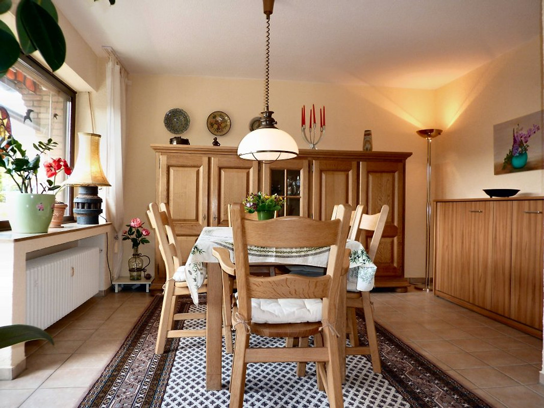 pension hegger ferienwohnung in meerbusch mieten. Black Bedroom Furniture Sets. Home Design Ideas