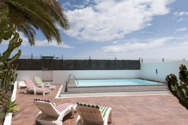 Villa Mar 57 in Costa Teguise - picture 1