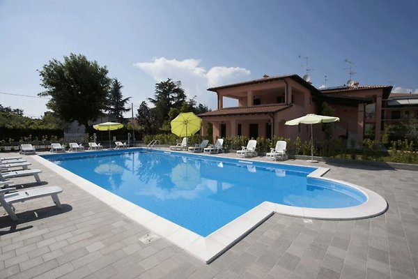 Charmante Residence am Gardasee mit Pool