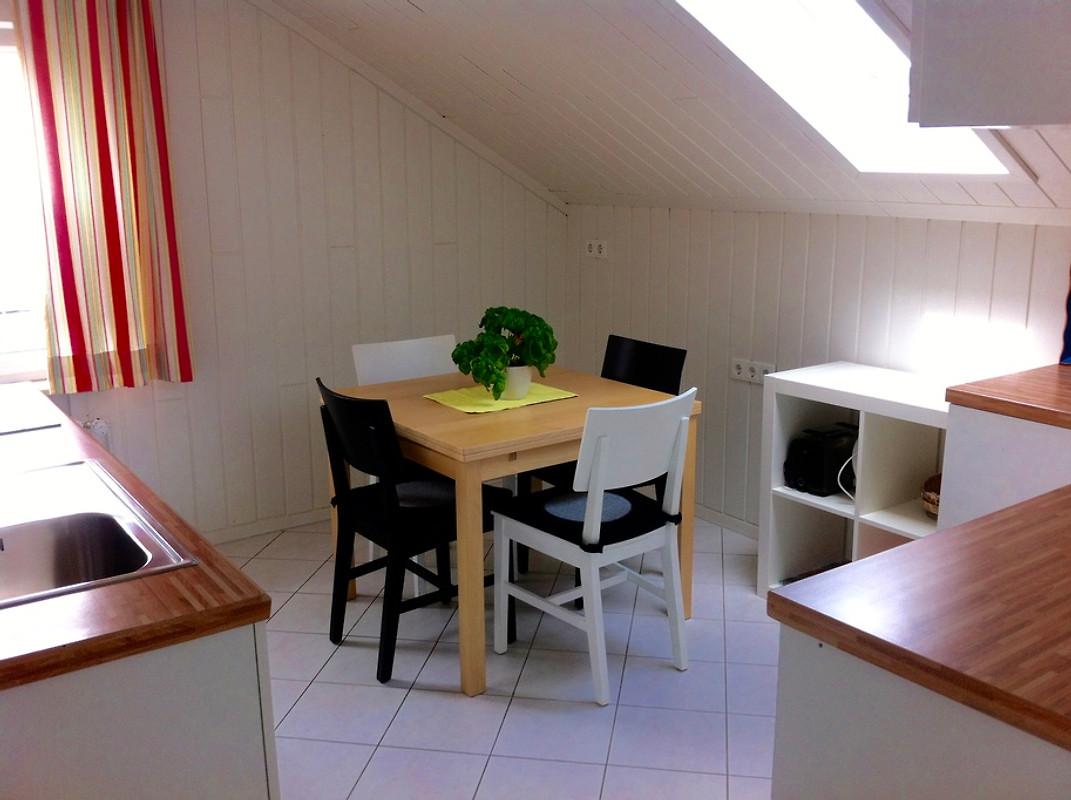 Haus Am Apfelweg Wohnung Topaz In Immenstaad Frau Kreidler