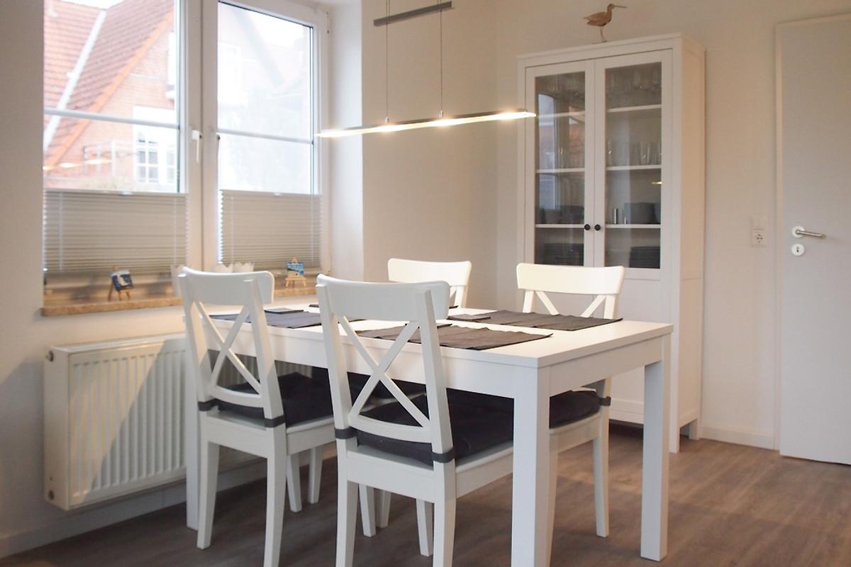 beachlife 1 ferienwohnung in timmendorfer strand mieten. Black Bedroom Furniture Sets. Home Design Ideas