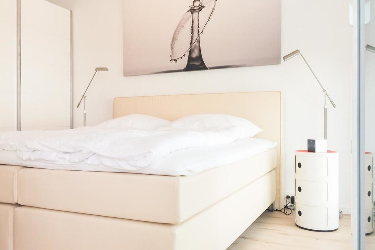 timmare iii bullauge ferienwohnung in timmendorfer strand mieten. Black Bedroom Furniture Sets. Home Design Ideas