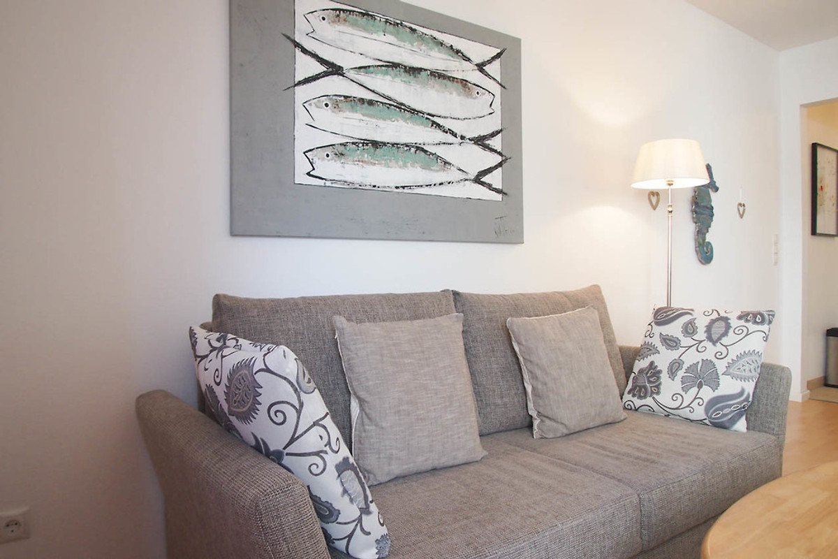 Wohnen am meer wohnung 2 ferienwohnung in timmendorfer for Schlafcouch mit bettkasten 160x200