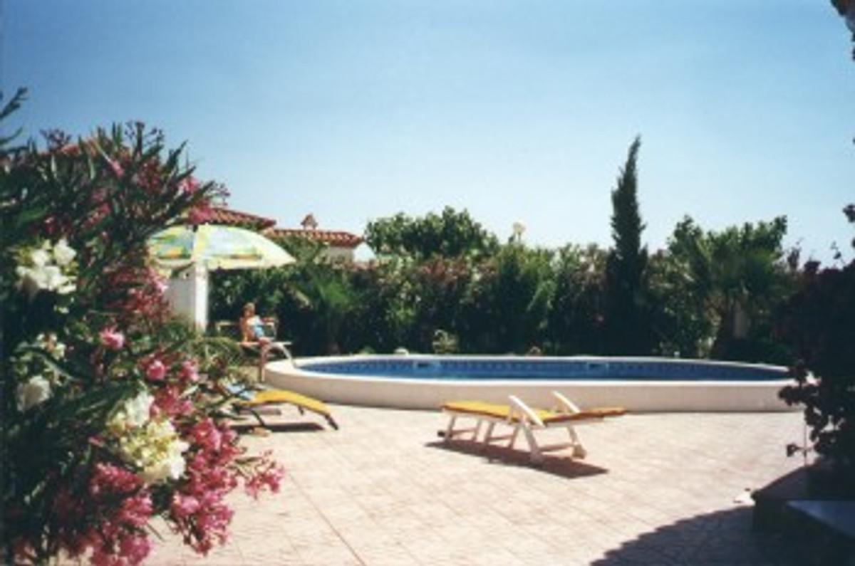 Casa lobo con piscina in giardino casa vacanze in miami - Piscina laghetto playa prezzo ...