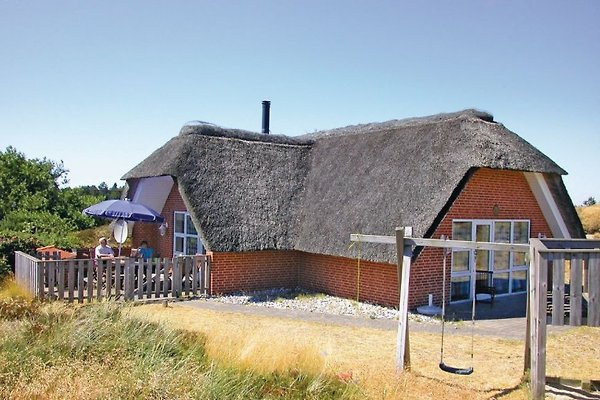 Luxury cottage on the North Sea in Rømø - picture 1