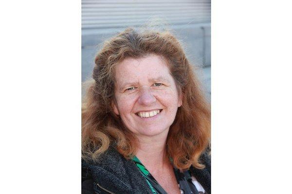 Mrs. C. Binnenmarsch