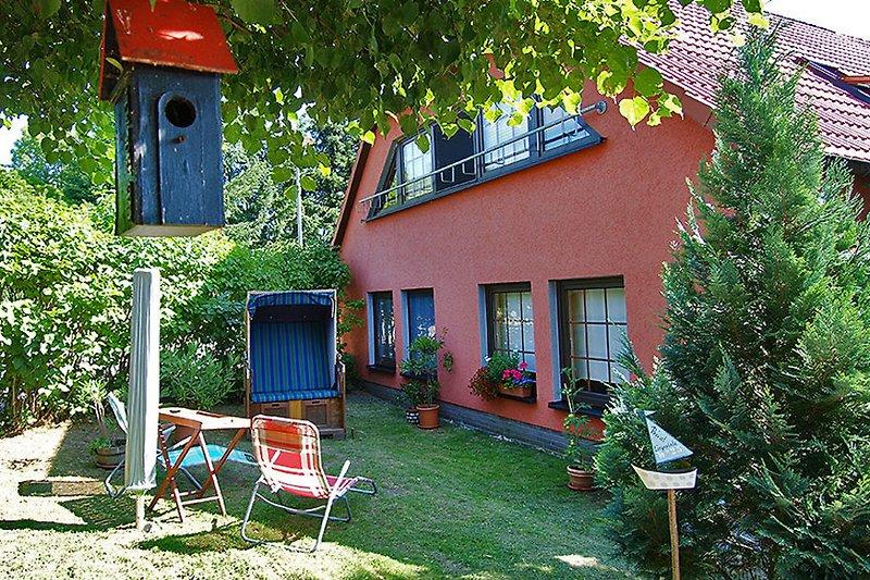 fliedereck salem am kummerower see ferienhaus in salem kummerower see mieten. Black Bedroom Furniture Sets. Home Design Ideas