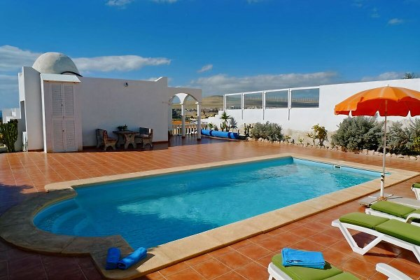 Alquiler con piscina en Costa Calma - imágen 1