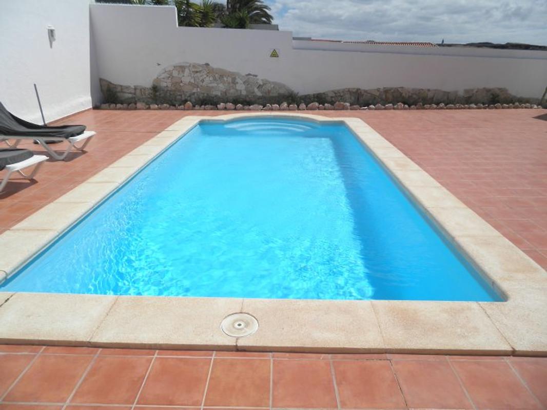 Ferienhaus mit Swimmingpool 9 X 4