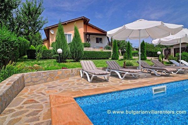 Villa Knox en Bryastovets -  1