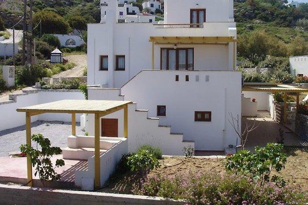 Villa PELAGIA in Naxos - immagine 1