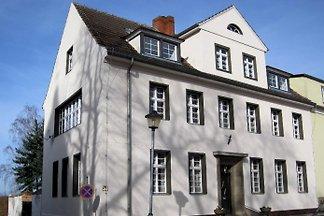 Lychen House