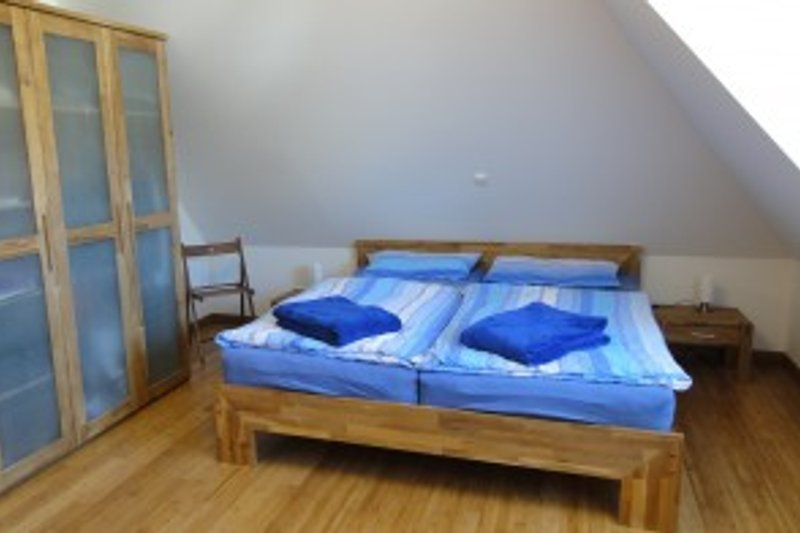 Schlafzimmer I OG