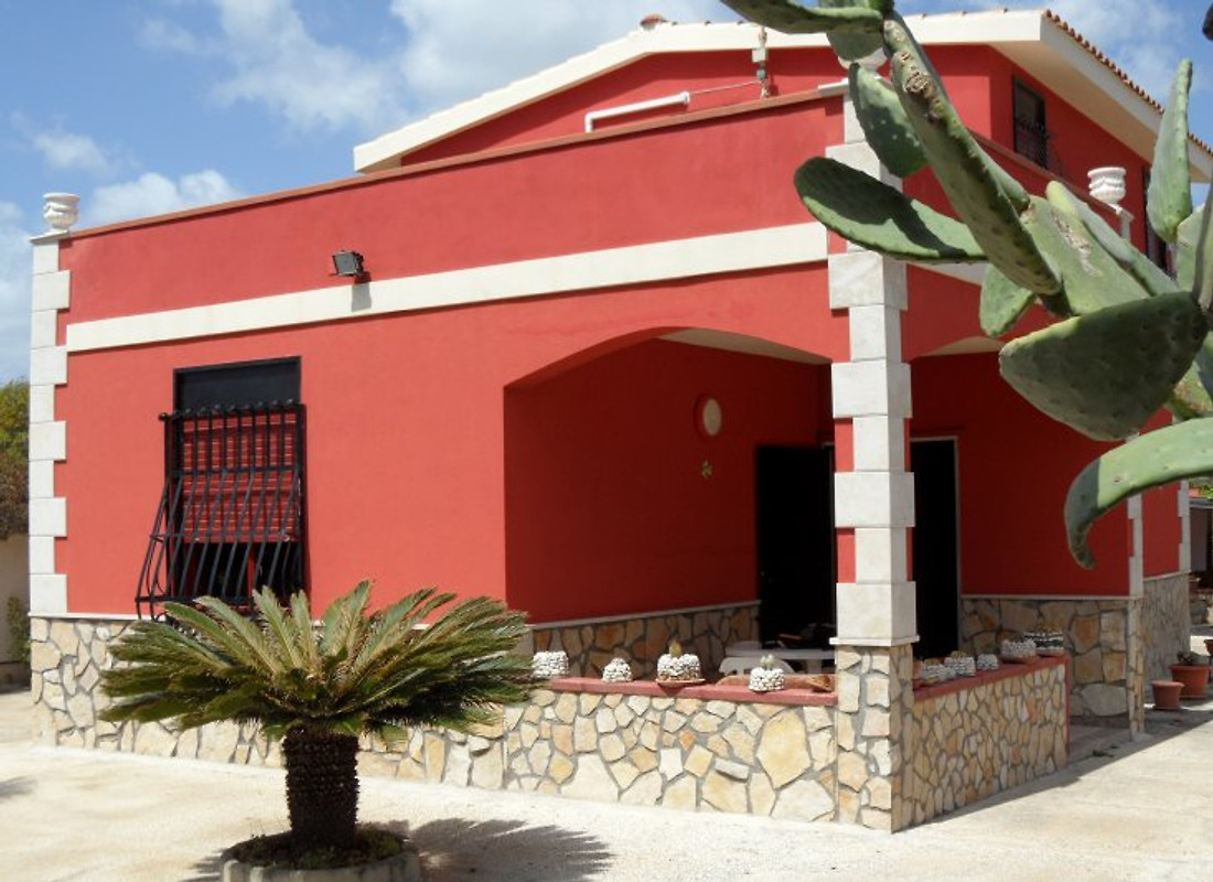Villa giuseppina sicile du sud est maison de vacances for 120 salon syracuse
