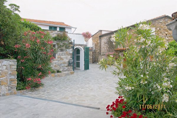 Casetta Airole à Diano Arentino - Image 1