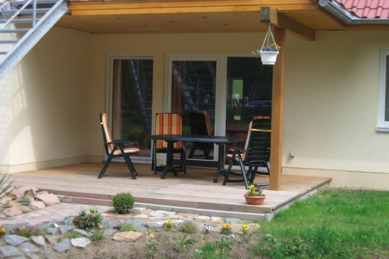 Terrasse FeWo1 (Haus1)