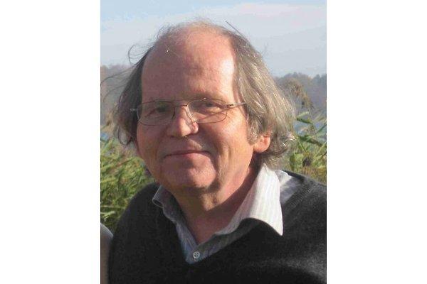 Herr G. Riechey