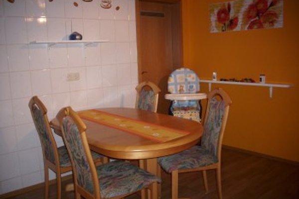 ferienwohnung jahrsbachtal ferienwohnung in strassenhaus mieten. Black Bedroom Furniture Sets. Home Design Ideas