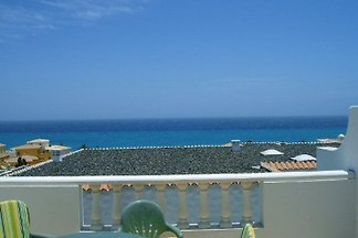 Apartment close to beach with sea views