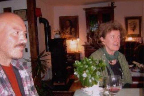 Frau A. Minges