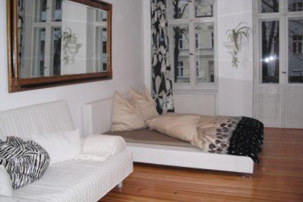 berlin ferienwohnung ferienwohnung in tempelhof mieten. Black Bedroom Furniture Sets. Home Design Ideas