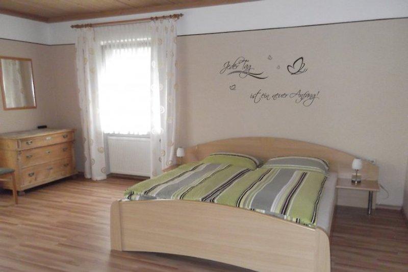 Schlafzimmer 4 Betten