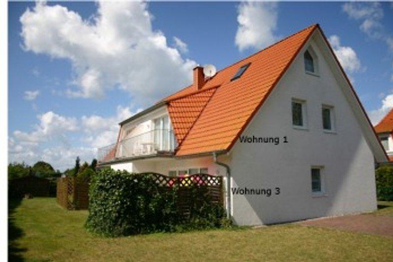 Haus Galerie  Blick von der Zufahrt