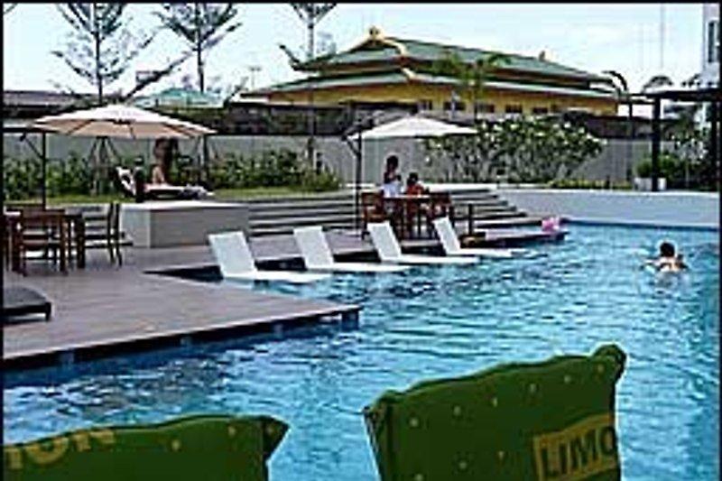 Das Schwimmbad der Anlage.
