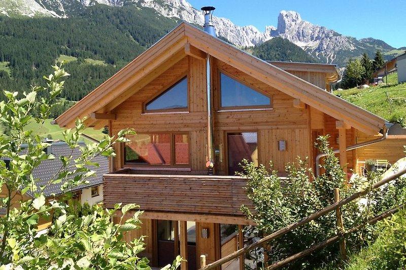 holzblockhaus im skigebiet ferienhaus in annaberg mieten. Black Bedroom Furniture Sets. Home Design Ideas