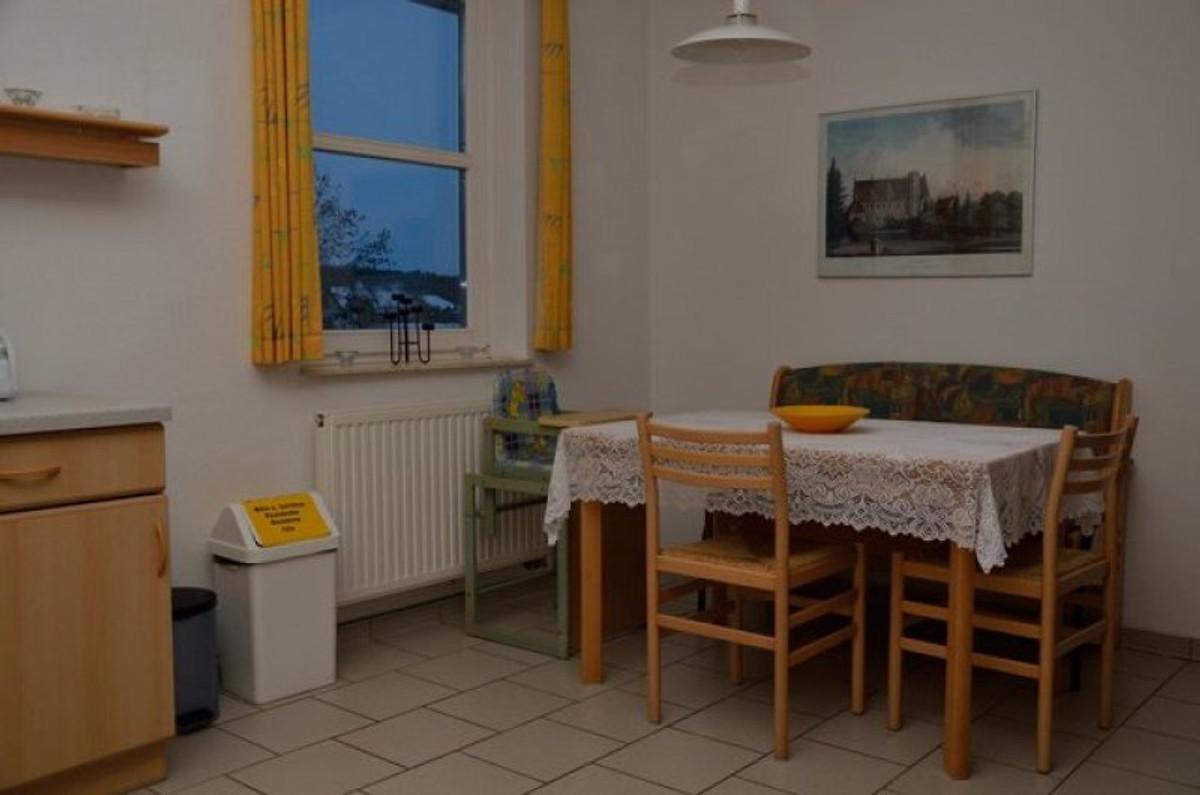 zempin blaues haus wohnung 5 ferienwohnung in zempin mieten. Black Bedroom Furniture Sets. Home Design Ideas