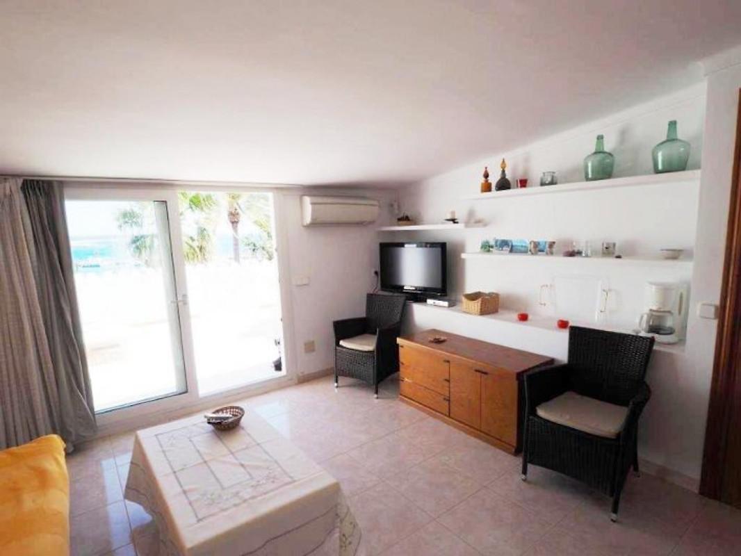 ferienwohnung atico es port ferienwohnung in colonia de sant jordi mieten. Black Bedroom Furniture Sets. Home Design Ideas