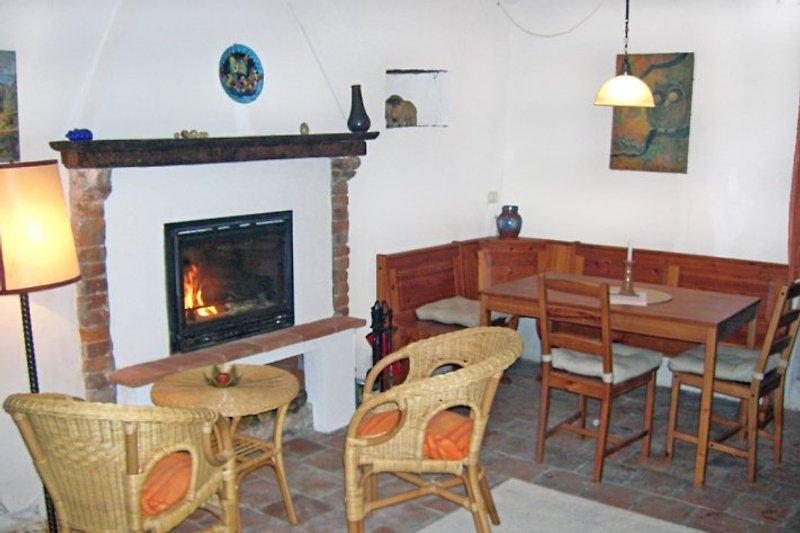 Wohnraum mit Küche untere Ferienwohnung