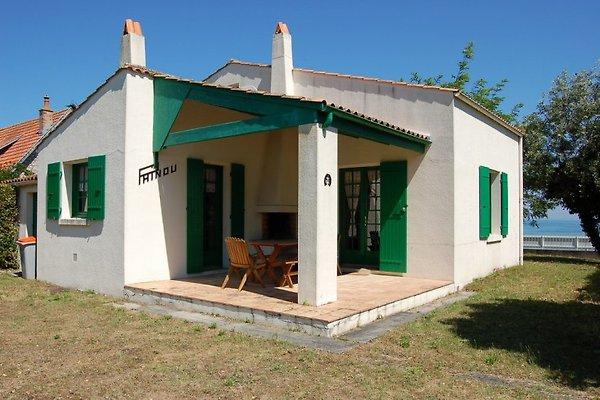 Casa LABR 1713 con vistas al mar en La Bree les Bains - imágen 1