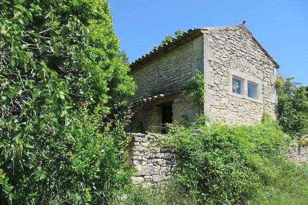 Maison LA 8414 à Lacoste - Image 1