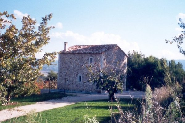 Maison PRO 8440, Luberon à Goult - Image 1