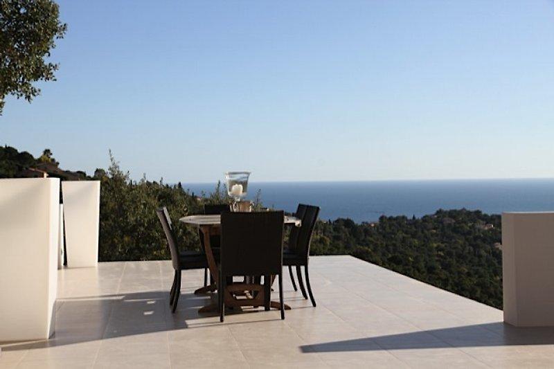 Terrasse mit Meerblcik