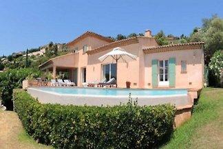 Villa StMa8335 dans Ste.Maxime
