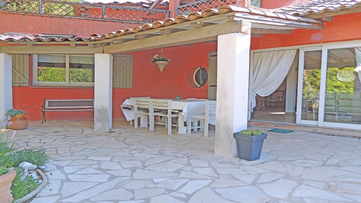ferienhaus pldt8377 ferienhaus in le plan de la tour mieten. Black Bedroom Furniture Sets. Home Design Ideas